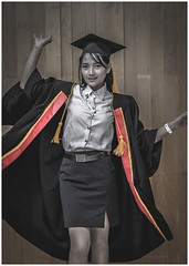 Graduated (christophe plc) Tags: canon 6dmarkii student girl costume etudiante photo fille université university