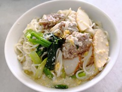 Noodles with Gravy (Food Trails) Tags: noodles eggs choysam veggies fishcakes pork