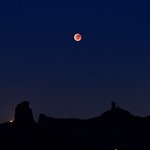 Roque Nublo, Bentayga & Eclipsed Moon thumbnail