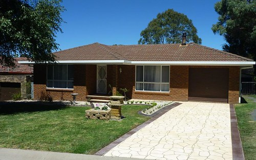 22 Yallambee Ave, Armidale NSW