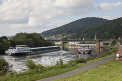 river traffic II (crazyhorse_mk) Tags: freudenberg main unterfranken deutschland germany river ship water traffic town valley mountain forest sky clouds riverbank bank