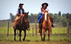 Seu Silvano Severo e filha (Eduardo Amorim) Tags: gaúcho gaúchos gaucho gauchos gaúcha gaúchas gaucha gauchas dompedrito pampa campanha fronteira riograndedosul brésil brasil brazil sudamérica südamerika suramérica américadosul southamerica amériquedusud americameridionale américadelsur americadelsud eduardoamorim pilcha pilchagaúcha pilchasgaúchas pilchagaucha pilchasgauchas cavalos caballos horses chevaux cavalli pferde caballo horse cheval cavallo pferd cavalo cavall 馬 حصان 马 лошадь crioulo criollo crioulos criollos cavalocrioulo cavaloscrioulos caballocriollo caballoscriollos