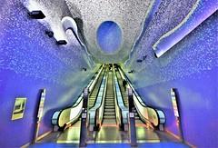 Toledo Metro Station - Naples - ITALY (Zana Suran) Tags: toledo metro station naples italy μετρό 地鐵 मेट्रो 地下鉄 지하철 tunnelbana метро ubahn underground subway blue azul blau bleu 藍色 şîn plava blå niebieski ਨੀਲਾ albastru синий плави kék modrý สีน้ำเงิน 青 urdinak shin