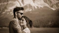 In love... (Markus Jaschke) Tags: garmisch grainau bayern deutschland de bavaria mono bw sw schwarzweis liebe kuss zuneigung paar mann frau berge fuji fujifilm fujixe3 xf35mmf14r 35er xe3 alpen eibsee alpes lake love europa mountain couple