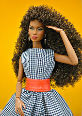 Finally deboxed, put together and dressed... 😊 (Deejay Bafaroy) Tags: facesofadele adele makeda integrity toys fashion royalty thefacesofadele doll puppe fr black schwarz portrait porträt dress kleid red rot yellow gelb