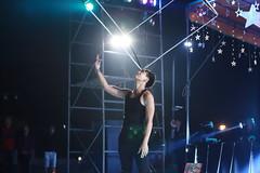 IMG_0256M  2017/12/23 臺中市豐原區 臺中市政府陽明大樓廣場 2017耶誕系列晚會 (陳炯垣) Tags: street performance juggling