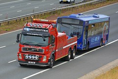 W16 TOW (panmanstan) Tags: volvo fm wagon truck lorry commercial wrecker rescue towtruck vehicle a1m fairburn yorkshire