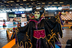 Japan Expo 2018 1erjour-126 (Flashouilleur Fou) Tags: japan expo 2018 parc des expositions de parisnord villepinte cosplay cospleurs cosplayeuses cosplayers française français européen européenne deguisement costumes montage effet speciaux fx flashouilleurfou flashouilleur fou manga manhwa animes animations oav ova bd comics marvel dc image valiant disney warner bros 20th century fox féee princesse princess sailor moon sailormoon worrior steampunk demon oni monster montre