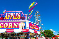 Apples and popcorn (Podsville) Tags: ionia ioniafreefair july michigan summer
