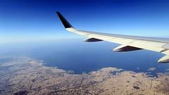 Au revoir, la Grèce... (LILI 296...) Tags: avion grèce greece athenes blue mer aile canonpowershotg7x