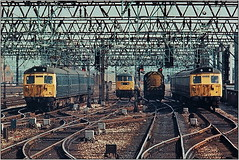 44 MA  304 + 83 + 08 + 304 = 699 (S. Owens88) Tags: uk manchester manchesterpiccadilly britishrail br blue overheadwires bluesky class08 shunter class83 emu electriclocomotive electricloco early80s class304