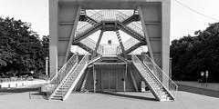 atomium stairs (rey perezoso) Tags: 2018 brussel belgië europa atomium stairs blackandwhite bruxelles capital expo bw belgique europe belgium eu door andréwaterkeyn building modernisme concrete