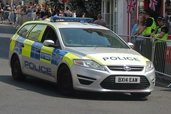 BX14 EAW (JKEmergencyPics) Tags: met mps metropolitan police service dog support unit section van dsu vehicle windsor berkshire donald trump visit ford mondeo eastate bx14 eaw bx14eaw