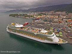 Independence of the Seas (Bergenships) Tags: independenceoftheseas independence seas rccl bergen norway cruise cruiseship cruiseskip norge travel drone fjords kreuzfahrtschiffe kreuzfahrtschiff kreuzfahrt schiff
