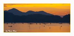 IMG_6048_Sun set (Tuan Râu) Tags: 1dmarkiii 14mm 100mm 135mm 1d 1dx 2470mm 2018 50mm 70200mm canon canon1d canoneos1dmarkiii canoneos1dx sunset hoànghôn lăngcô thuyền núi biển sea langcobeach tuanrau tuan tuấnrâu2018 râu httpswwwfacebookcomrautuan71