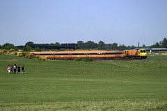 204 & MK3s on 1750 Heuston-Galway crossing the Curragh 12-May-08 (metrovick) Tags: irishrail iarnrodeireann ie201class emd emdexportloco jt42hcw mk3 brelmk3 curragh railroad railway railwaykildare