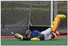 Hockey - 56 (Jose Juan Gurrutxaga) Tags: file:md5sum=4164ef759ce92839b8f948e75d8dc809 file:sha1sig=fef78bf4f855db0a52a818571369aa0560d04c30 hockey hierba field belar atletico atleticoss atletic terrassa