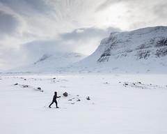 Singi I (Gustaf_E) Tags: berg fjäll högfjäll kväll landscape landskap lappland norrland singi singistugorna sverige sweden tur turskidor vinter winter