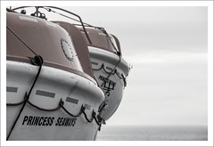 SOLAS (Bram du Saar) Tags: princessseaways dfds dfdsseaways detforenededampskibsselskab theunitedsteamshipcompany newcastle amsterdam ijmuiden cruise cruiseship cruiseferry minicruise citycruise cruisingalong ship vessel northseacrossing northsea pax paxen passengers mspeterpan peterpan schichauunterweser bremerhaven shippingcompany ttline travemünde trelleborg świnoujście msspiritoftasmania tasmaniangovernment ttlineptyltd bassstrait devonport tasmania melbourne victoria australia fjordline msfjordnorway denmark msprincessofnorway princessofnorway ferrypassengers guests cars powerfulvessel boat portofijmuiden portoftyne portofnewcastle theprincess enclosedlifeboats smallribboat internationalconventionforthesafetyoflifeatsea solas internationallifesavingappliancecode lsa emergencyequipment seagoingvessel seagoingship seagoing lifeboats lifeboat sar rescue rescueequipment sinking againstsinking canon 70200mm 5dmrkiii bramdusaar safetyoflifeatsea