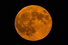 Full Moon 7-27-18 over Iowa (Thomas DeHoff) Tags: full moon red harvest sony a77mk2 70400g
