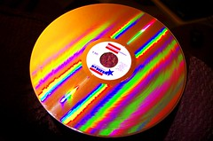 K5__9576 (jackt002) Tags: round disk silver colors rainbow reflection