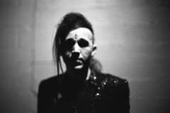 . (m_travels) Tags: kodaktmax3200 nightphotography blackandwhite плёнка film 35mmfilm grain dark moody cool style gothic analog argentique concert music artist musician singer goth dnalounge portrait anthonyjones rock band