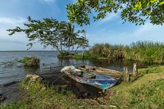 La barque bleue dans la lagune (Giloustrat) Tags: k3 pentax republic dominican limon laguna barque paysage pentaxflickraward saariysqualitypictures