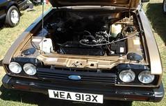 West Midlands Classic Car Club annual show 18 (Mount Fuji Man) Tags: westmidlandsclassiccarclub annualshow classiccar courtyard july2018 dudleycastle