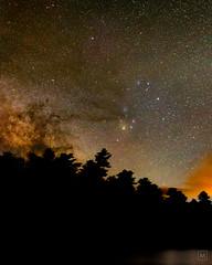 Rho rising over Silver Lake, VT (mbeganyi) Tags: milkyway stars astrometrydotnet:id=nova2690419 astrometrydotnet:status=solved