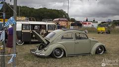 Slammed Bug (AllmarkPhotography) Tags: aston martin ferrari carfest 2018 bolesworth cheshire country open wheel track chris evans classic cars vintage sports exotic