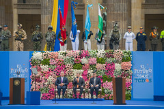 """Posesión Presidente de Colombia • <a style=""""font-size:0.8em;"""" href=""""http://www.flickr.com/photos/39526151@N07/43011385245/"""" target=""""_blank"""">View on Flickr</a>"""