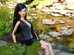 Simona (Lindi Dragon) Tags: doll mattel barbie basics kayla lea brunette nature