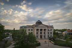 Boone County Courthouse (Notley Hawkins) Tags: downtown columbia bocomo columbiamissouri notley notleyhawkins 10thavenue missouri httpwwwnotleyhawkinscom missouriphotography notleyhawkinsphotography boonecountymissouri architecture street downtowncolumbiamissouri clouds sky city outdoor 2018 nisi neutraldensity road building nisifilter facade august evening tiltshift 11stop walnutst walnutstreet courthouse boonecountycourthouse