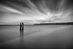Der Müggelsee - `Photo of the year 2018' (Pascal Volk) Tags: berlin köpenick berlintreptowköpenick spree müggelsee lakemüggelsee grosermüggelsee müggelheim see lago lake artinbw schwarz weis black white blackandwhite schwarzweis sw bw bnw blancoynegro blanconegro langzeitbelichtung bulb longexposure largaexposición slowshutter poseb wideangle weitwinkel granangular superwideangle superweitwinkel ultrawideangle ultraweitwinkel ww wa sww swa uww uwa wolken clouds nubes sommer summer verano canoneos6d sigma24mmf14dghsm|art 24mmf14 24mmlens unpointquatre onepointfour 24mm leefilters lee15stop leesuperstopper nd30000x manfrotto mt055xpro3 468mgrc2 dxophotolab dxosilverefexpro nikcollection berlinforyou pixoom photooftheyear2018 fotodesjahres2018 landscape