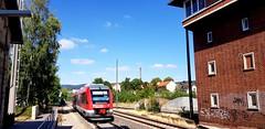 """648 253 """"Herzberg am Harz"""" von DB Regio erreicht als RB82 nach Kreiensen den Bahnhof Seesen (claudio.bickel98) Tags: dbbahn deutschebahn dbregio regionalbahn nahverkehr spnv alstom lint vt648 seesen niedersachsen harzweserbahn trainspotting"""