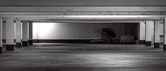 Tristesse einer Tiefgarage / Tristesse of an underground car park (p.schmal) Tags: panasonicgx80 olympus60mmf28makro hamburg tiefgarage