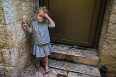 Jerusalem, 2017 (Antonio_Trogu) Tags: antoniotrogu streetphotography street candid urban unposed ricoh ricohgr ricohgrii 2018 girl little jerusalem israel oldtown jewish quarter