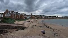 North Berwick (Vineyards) Tags: beach northberwick scotland unitedkingdom westbaybeach schotland seasidetown firthofforth eastlothian strand rain clouds summer