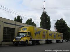 Franz Bakery Freightliner Columbia with Triples, Truck# 07501 (Michael Cereghino (Avsfan118)) Tags: franz bakery united bakeries us u s freightliner columbia single axle daycab triple triples trailer trucking semi bread truck