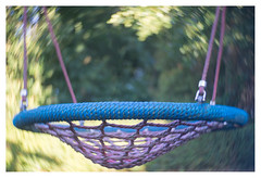 Swing (leo.roos) Tags: swing schommel swirly hugomeyerkinonsuperiorif5cm meyerkinonsuperiori5016 projectorlens projectionlens focusinghelicoidtrioplan10028 exakta darosa leoroos