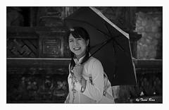 SHF_0101_Portrait (Tuan Râu) Tags: 1dmarkiii 14mm 100mm 135mm 1d 1dx 2470mm 2018 50mm 70200mm canon canon1d canoneos1dmarkiii canoneos1dx chândung bw black blackandwhite white women đentrắng đen đenvàtrắng trắng umbrella beautiful smiling korea tuanrau tuan tuấnrâu2018 râu httpswwwfacebookcomrautuan71