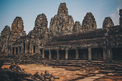 Angkor Wat (dogslobber) Tags: green cambodia angkor wat south east asia temple temples ancient statue carving