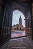 Puerta a la historia... (Emilio Rodríguez Álvarez) Tags: catedral iglesia edificio tokina canon gran angular oviedo asturias uvieu