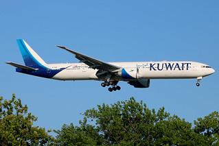 9K-AOM | Boeing 777-369ER | Kuwait Airways