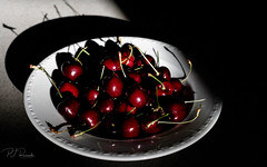 Bowl of Cherries (Perry J. Resnick) Tags: pjresnick perryjresnick pjresnickgmailcom pjresnickphotographygmailcom ©2018pjresnick ©pjresnick 2018 light fuji fujifilm highspeediso atmosphere atmospheric digital texture perspective fujinonxf35mmf14r 35mm xf35mm xf35mmf14 white xf fujinon resnick depthoffield indoor green food foodography foodies stilllife classicchrome fruit cherry cherries bowl shadow black contrast 16x10