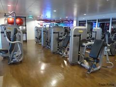 Fitness P1150073 (Tinavonhier) Tags: norwegian breakaway