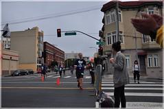 "2018 SF Marathon - ""Hey Lady!"" (Little Italy Photography) Tags: nikond7100 nikon nikond90 nikondigitalslr nikon70300mmf4556gedifafsvrnikkorzoomlens sanfrancisco california ca missiondistrict nikon18105mmf3556gedifafsvrnikkorzoomlens marathon athletes runners milemarker215 kfcheights duboce guerrero market 2018sfmarathon race 2ndhalfmarathon tsfm tsfm2018 friends men women supporters family love biofreezesanfranciscomarathon"