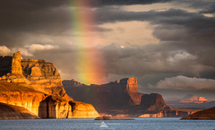 Golden Glen Canyon (www.fourcorners.photography) Tags: lakepowell glencanyon glencanyonnationalrecreationalarea kanewash cookiejar padrebay houseboat sunset rainbow clouds water mountain butte peterboehringerphotography fourcornersphotography