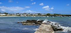 Île de Groix: Locmaria harbour (Henk Binnendijk) Tags: leportdelocmaria îledegroix groix groixisland ponant bretagne brittany breizh france frankrijk island île insel harbour port haven sea pier