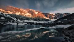 First light (Dani Maier) Tags: spiringen uri schweiz ch gletschersee gletscherseeli klausenpass alpen berge see wasser schnee eis wandern morgen alpenglühen